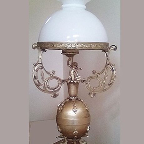 Winner-love-table-lamp.jpg